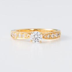 Blue Dove婚約指輪