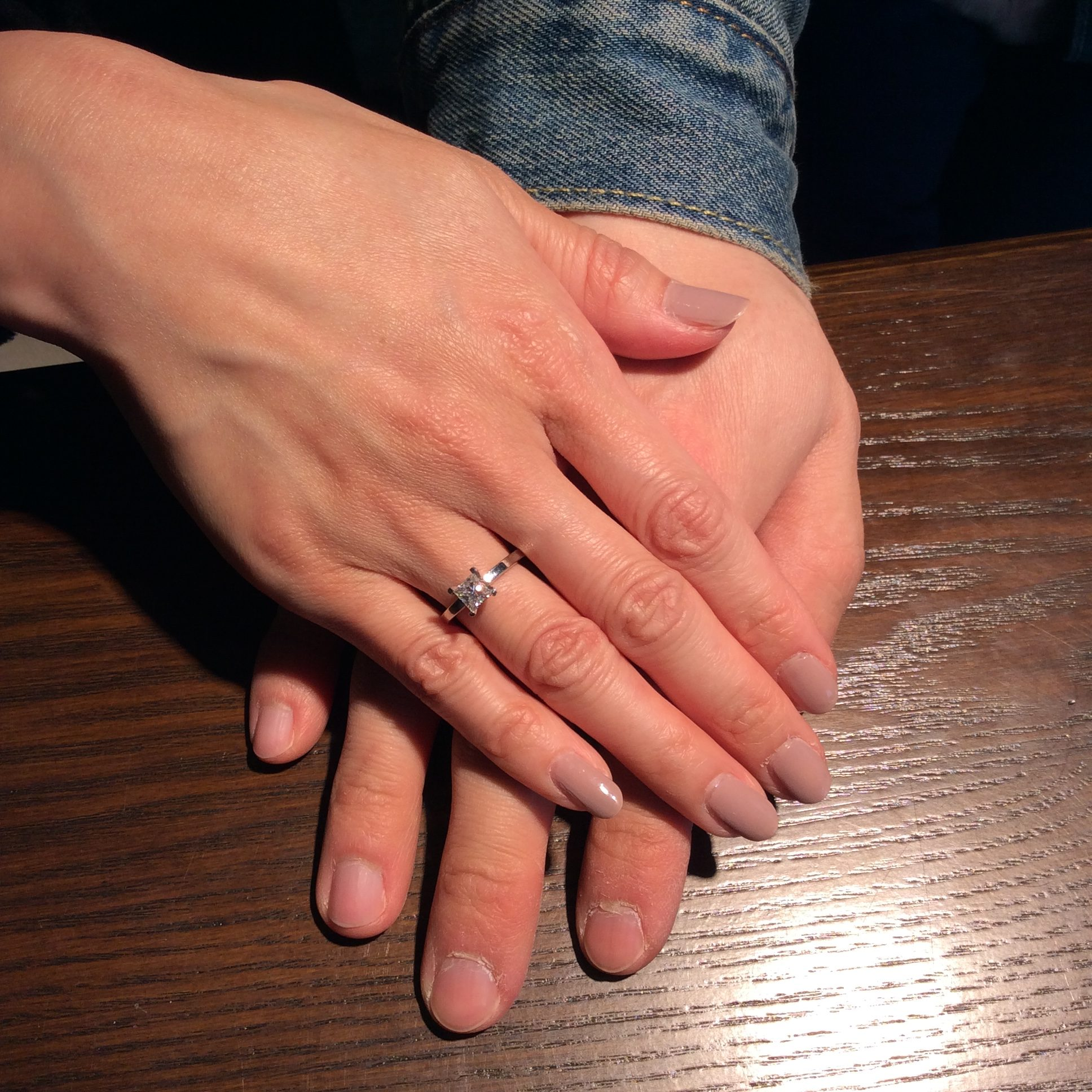 * 婚約指輪 *