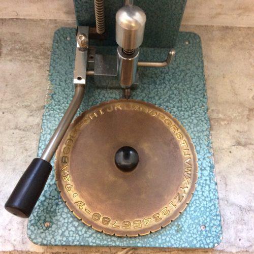 指輪彫刻機