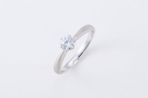 婚約指輪〈sol no2〉のご紹介