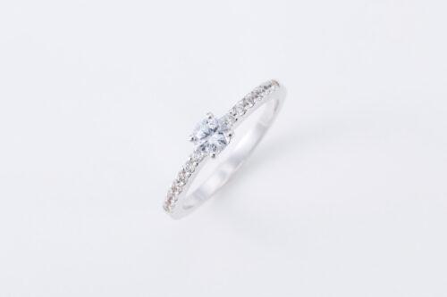 婚約指輪〈Lux no2〉のご紹介