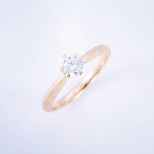 婚約指輪〈sol no4〉のご紹介
